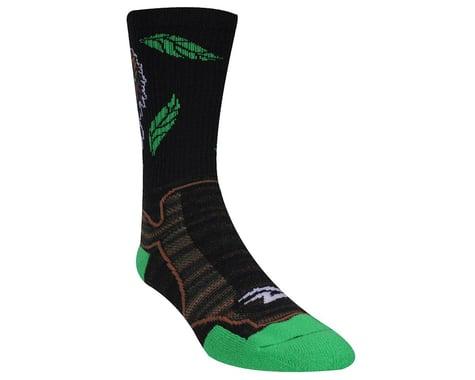 """DeFeet Levitator Trail Bigfoot Socks - 6"""" Cuff (Green/Black)"""