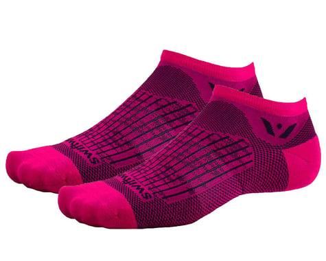 Swiftwick Aspire Zero Socks (Bolt Fuchsia/Black) (S)